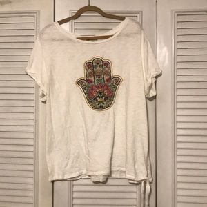 White t-shirt with a design
